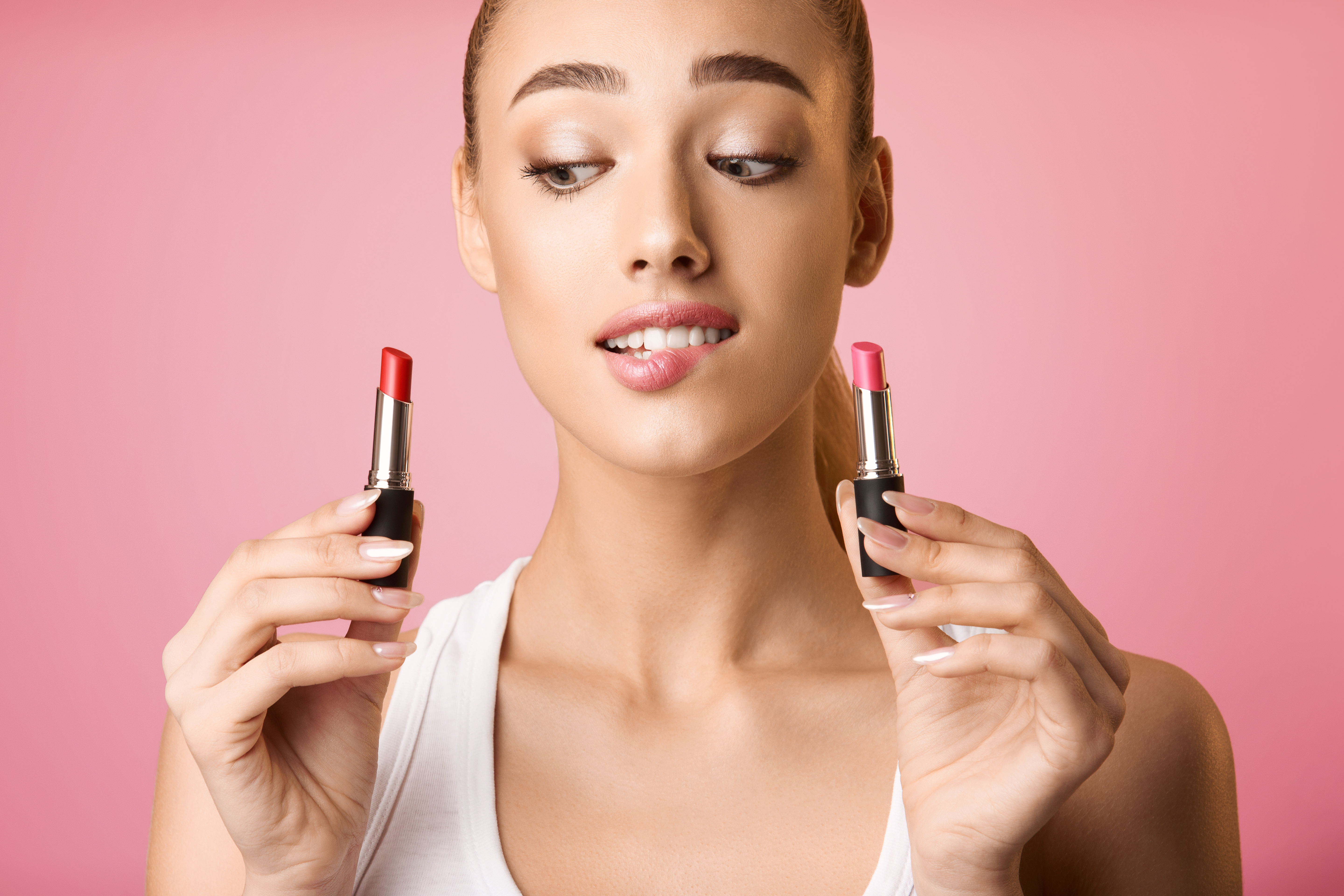 PRIVATE MAKEUP CLASSES ON DEMAND IN CANADA AT HOME LESSONS